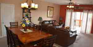 A very large table for this Branson condo for rent